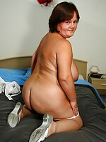 fat mature in stockings